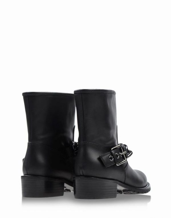 giuseppe-zanotti-design-black-ankle-boots-product-1-20486322-3-243627999-normal