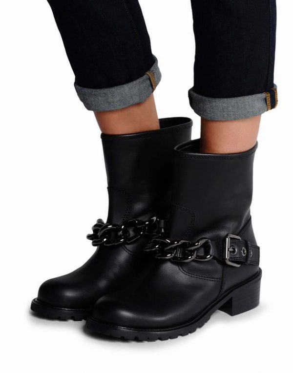 giuseppe-zanotti-design-black-ankle-boots-product-1-20541713-0-270743733-normal