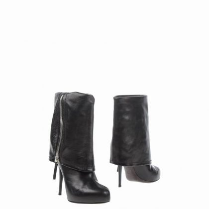 giuseppe-zanotti-design-black-ankle-boots-product-1-25593402-0-802188142-normal_1