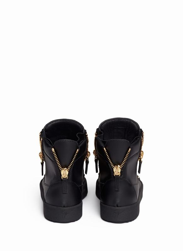 giuseppe-zanotti-design-black-london-curb-chain-leather-sneakers-product-1-26171084-0-156009435-normal_1