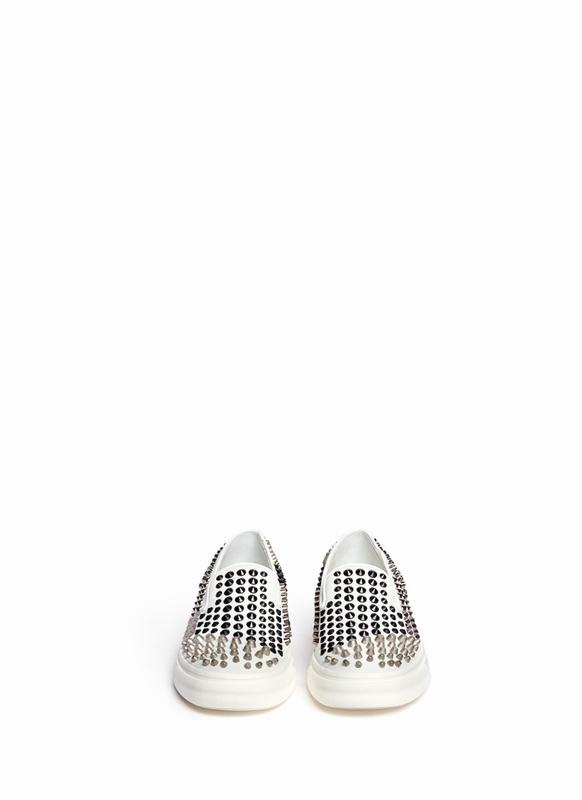 giuseppe-zanotti-design-white-london-contrast-stud-suede-slip-ons-product-1-27240617-2-612904704-normal_1