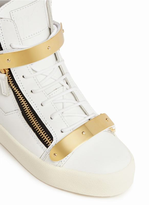 giuseppe-zanotti-design-white-london-metal-plate-leather-sneakers-product-1-26171112-1-180326013-normal_1